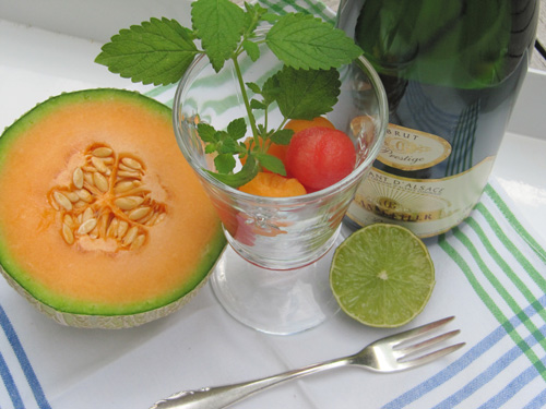 Melonen-Bowle mit Minze
