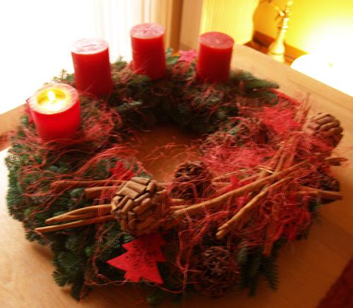 Weihnachtsdeko rot ist trumpf - Weihnachtsdeko rot ...