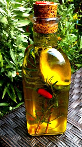 Rosmarin-Chili-Öl