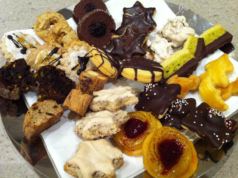 neue-ess-klasse: Weihnachtsbäckerei-2012