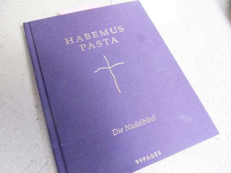 Rezenssion: Habemus Pasta