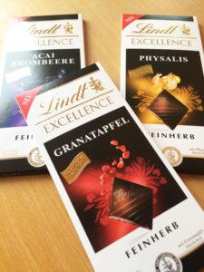 neue ess klasse: neue Lindt feinherbe Schokoladen im Test